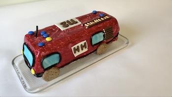 Feuerwehrauto als Geburtstag-Kuchen für den Enkel