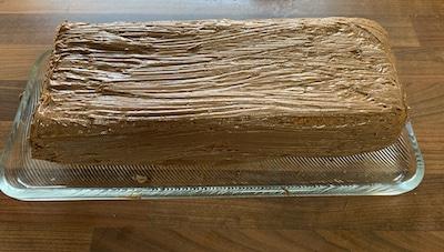 Kuchen mit Samba-Haselnuss einstreichen