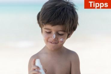 Sonnencreme- und Sonnenschutz-Tipps für Großeltern