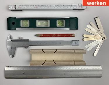 Zeichen- und Messwerkzeuge für das Werken