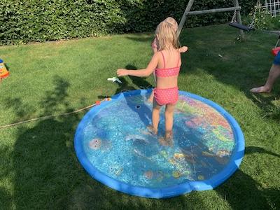 Wasserspiel Kinder