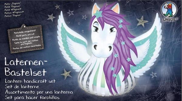 Laternen-Bastelset Pegasus zusammen