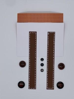 Hosenträger, Knöpfe, Kragen-Rückseite