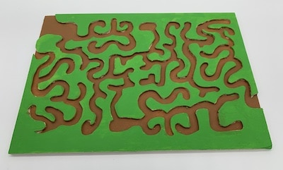 Laubsäge-Arbeit : Kugelbahn-Labyrinth aus Sperrholz
