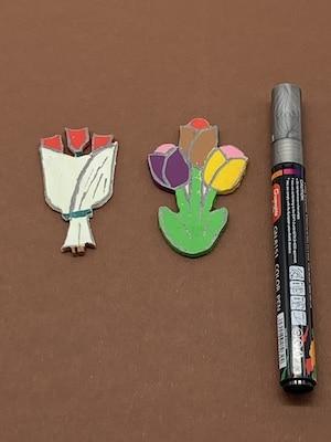 Laubsagen Blumen - Ränder und Konturen mit Marker nachzeichnen