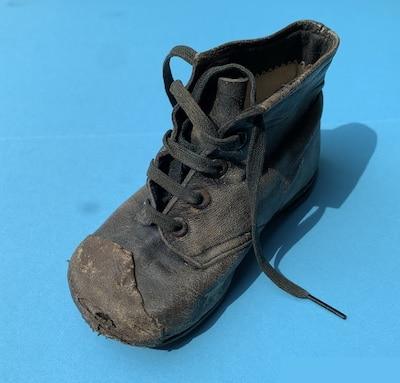 Mein erster Schuh (1947)