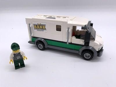 Lego-Geldtransporter als Spardose